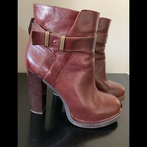 Nine West Fall Boot (size 9)